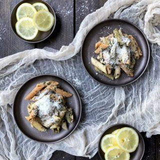 Makaron z łososiem i szpinakiem