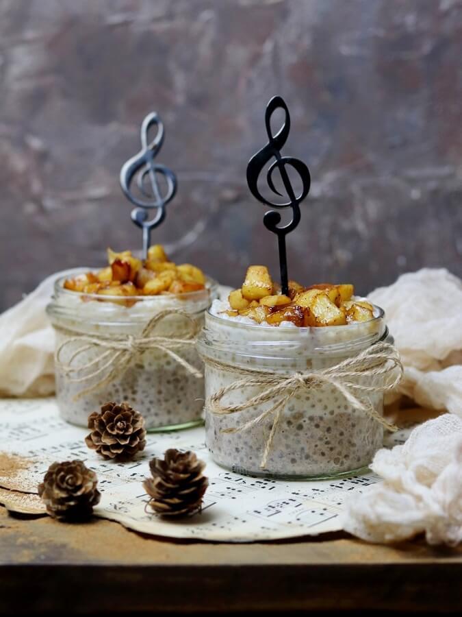 Pudding z tapioki z karmelizowanym jabłkiem